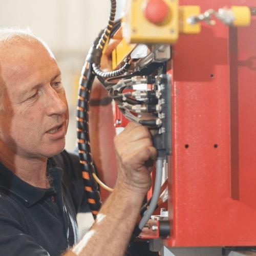 Esprit Automation ltd manufactering a CNC plasma cutter